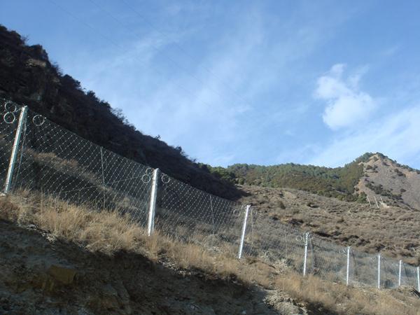 被动边坡防护网案例2